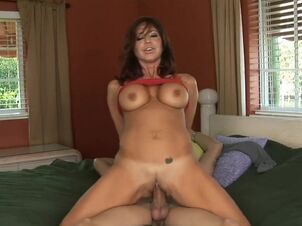 Tara holiday milf