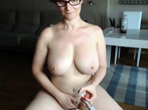 Milfs showing pussy