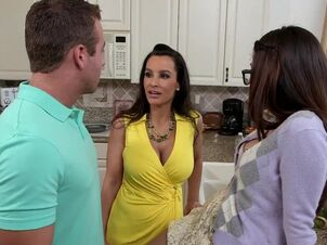 Lisa ann mom videos